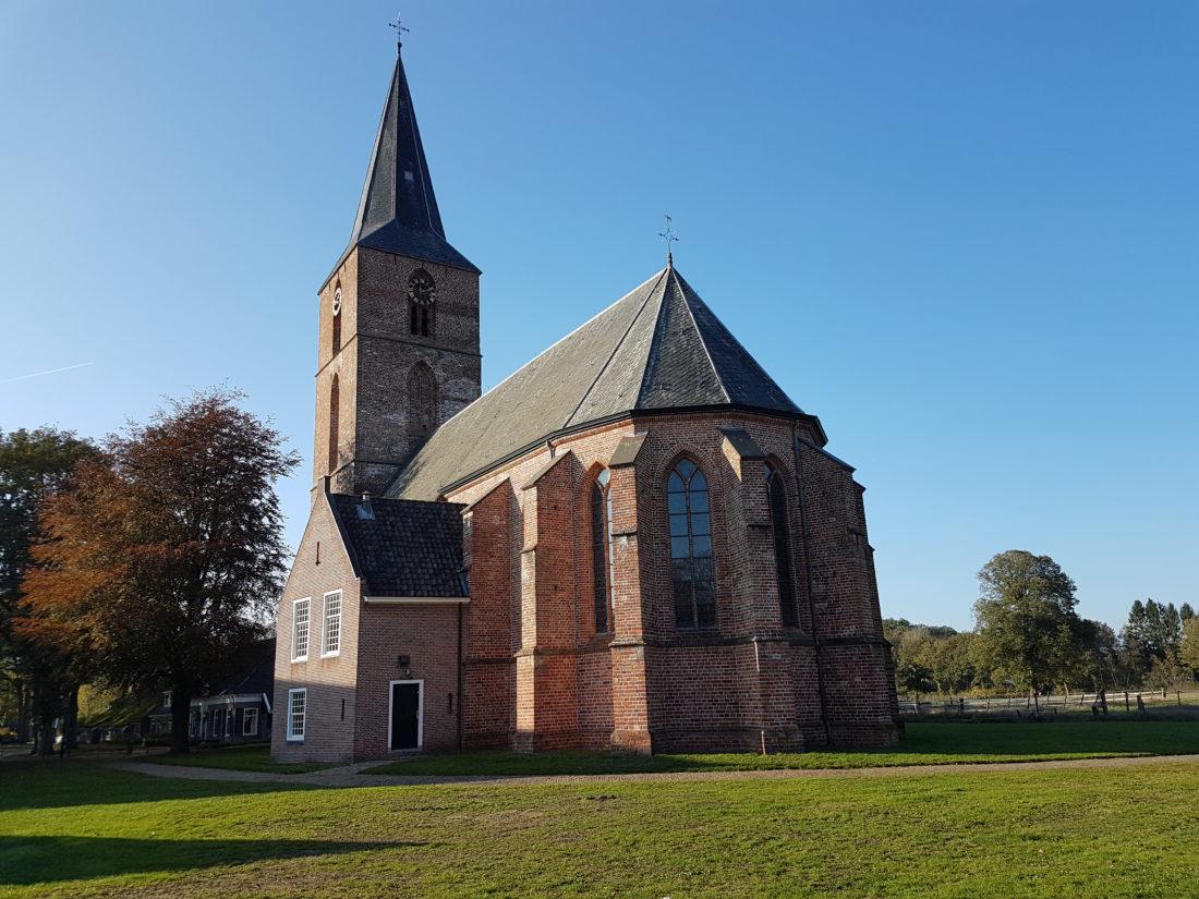 De Jacobuskerk in Rolde